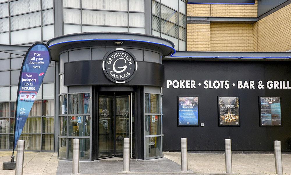 Agile estimation using planning poker